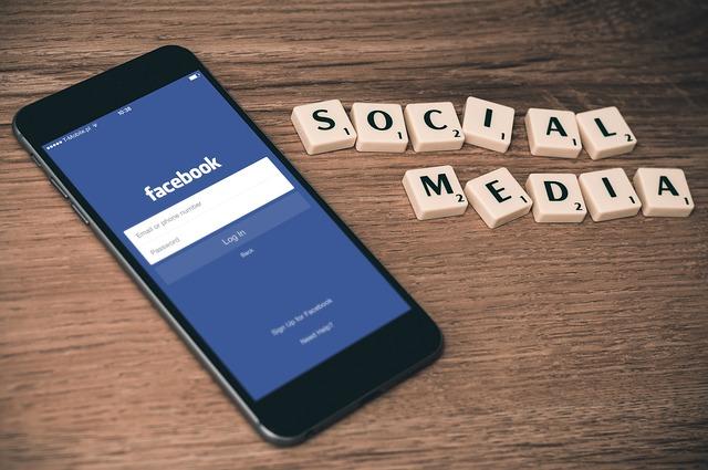 Facebook stratégie et social média