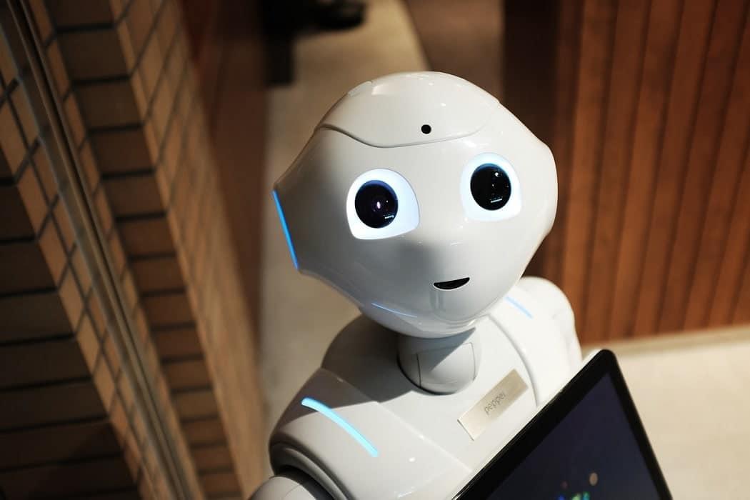 Robot facebook-min